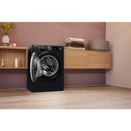 Hotpoint ActiveCare NM11946BCA Ultra Efficient 9kg 1400rpm Freestanding Washing Machine - Black