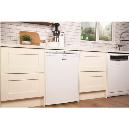Hotpoint RLA36P 60cm Wide Freestanding Under Counter Fridge - White