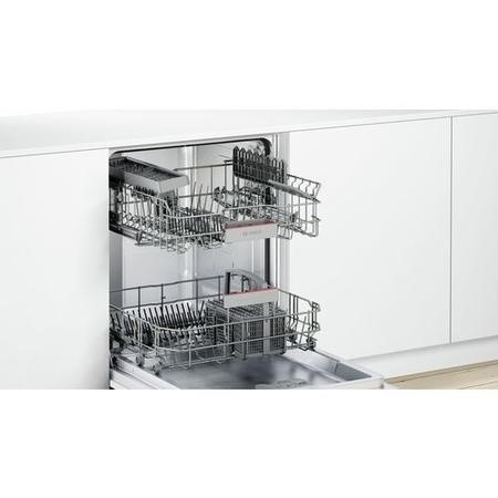 Bosch Serie 4 Silence Plus SMV46IX00G 13 Place Fully Integrated Dishwasher